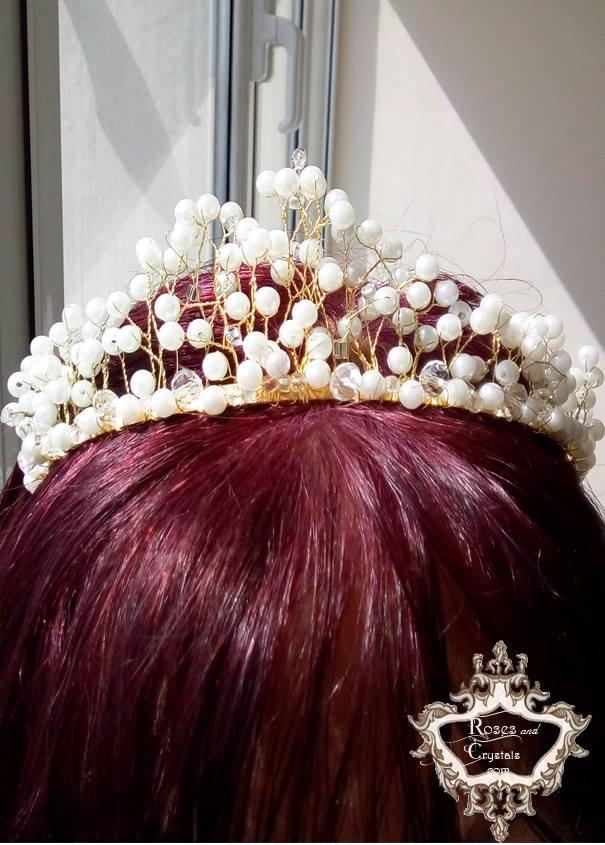 Булчинска корона за коса в бяло и златно на AbsoluteRose