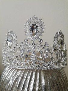 Елегантна кристална корона за сватба и сцена Goddess Diana
