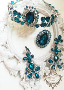 Дизайнерски комплект корона, пръстен и обици в тъмен тюркоаз -Dark Turquoise Rose by Rosie Concept